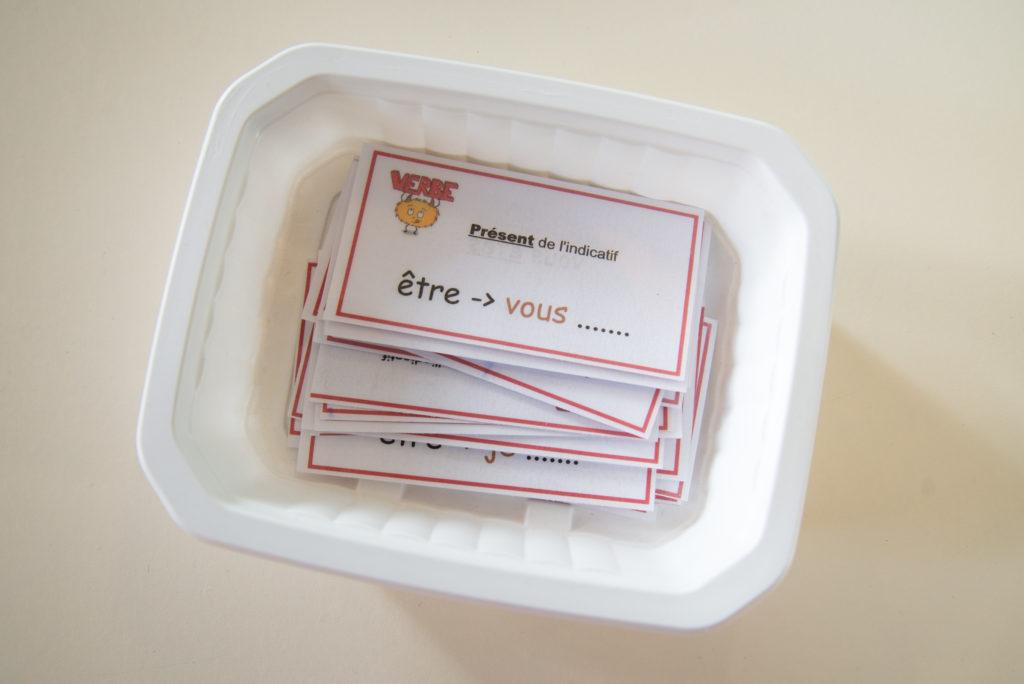 Cartes de conjugaison plastifiées