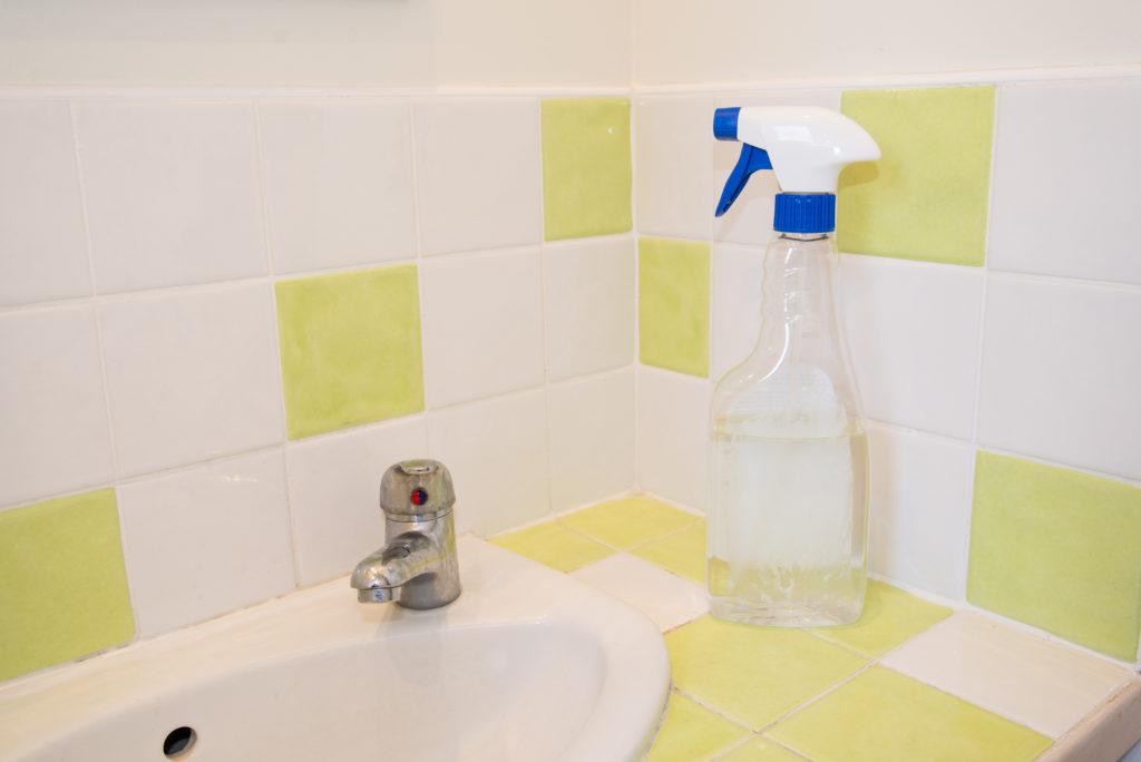 Nettoyant multi-usages au vinaigre blanc